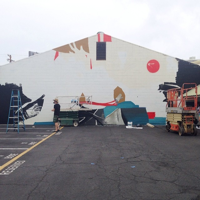 Day 5: New mural in progress by @kinseyvisual for #powwowhawaii. @rvca @montanacans @flexfit @hawaiianairlines